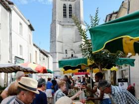 Marché de Saint-Astier