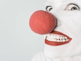 agenda Dordogne Brantôme accueille les clowns : la Compagnie