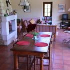 salle à manger Gîte les charmettes Dordogne