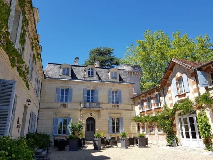 Château De Lalande - Pour Noël, pensez à offrir une Carte Cadeau au Château de Lalande Hôtel 4* & Restaurant