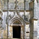Château de l'herm : porte d'entrée