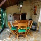 La grange de Pyraine veranda
