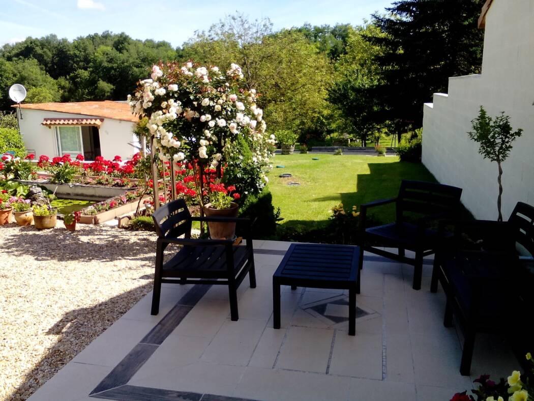 Le bois du Mas chambre d h´tes  Saint Aulaye Dordogne
