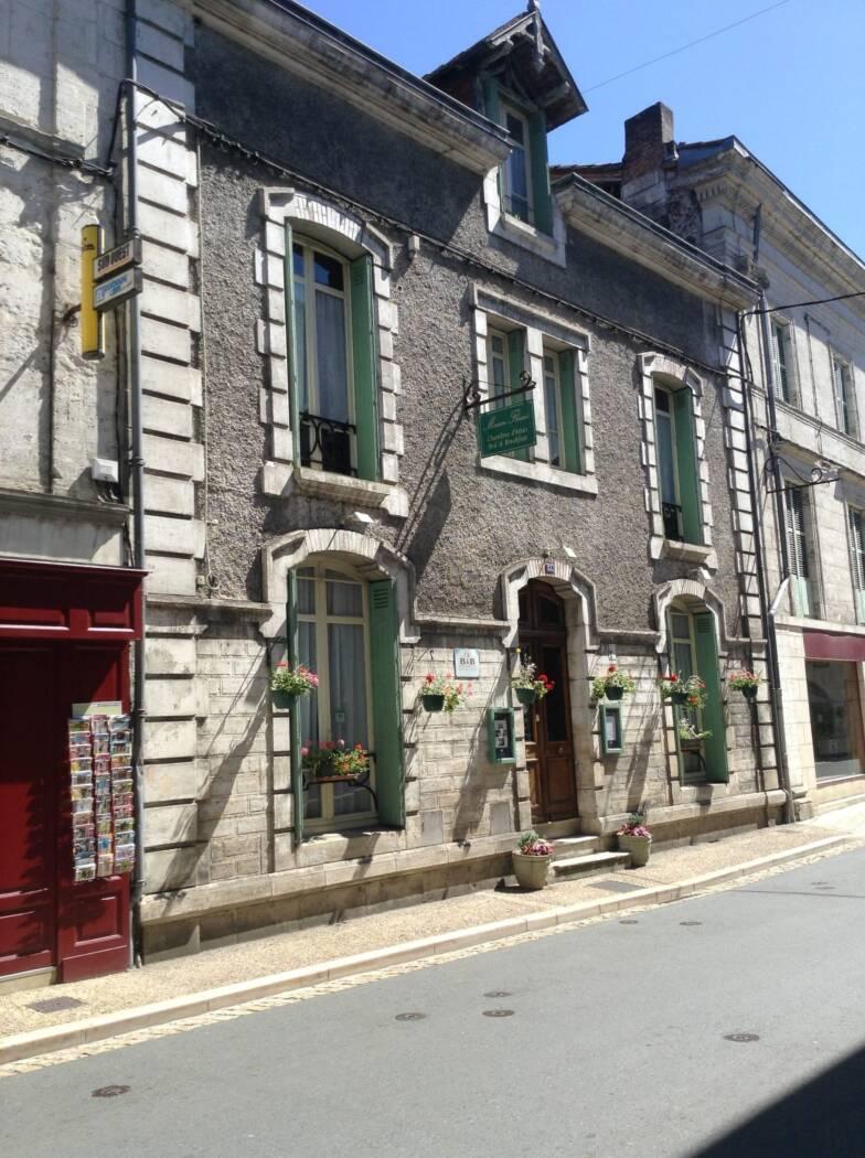 Maison Fleurie chambres d h´tes Brant´me Dordogne
