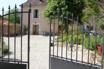 Bed and breakfast in the country of Jacquou