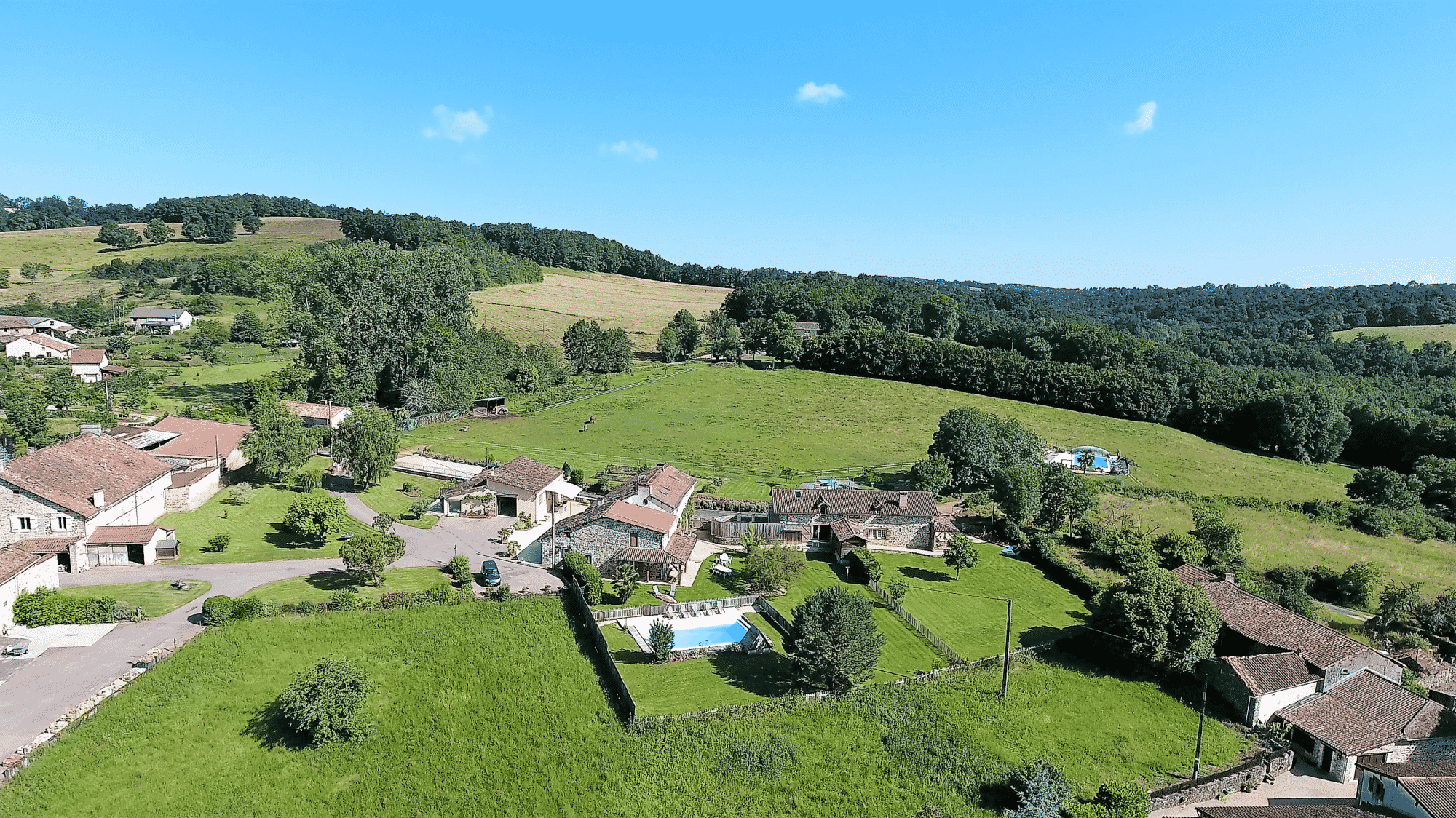 Domaine De La Rebi U00e8re G U00eetes De Groupe Dordogne