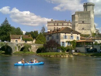 Canoes Bourdeille Leisure