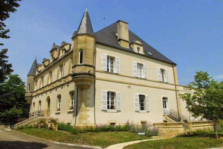 Grandes casas rurales del Château de Puy Robert